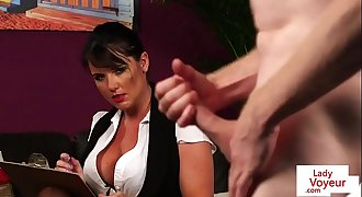 British voyeur Mummy dictates wanking session