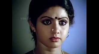 Sridevi gorgeous actressremoving her blouse and showing her bra.